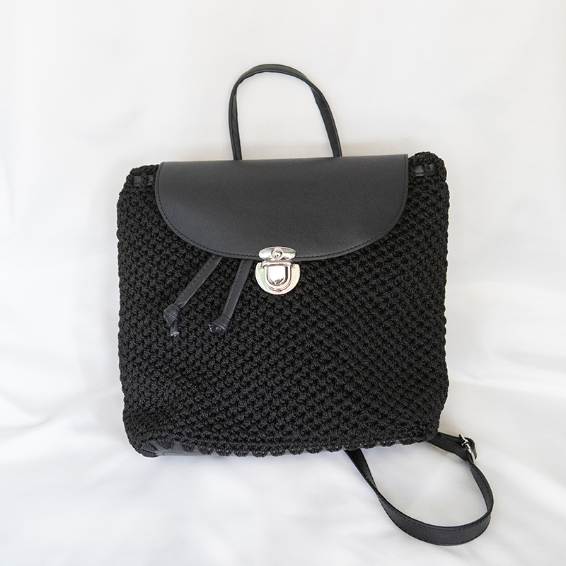Γυναικείο αξεσουάρ χεροποιήτο σακίδιο πλάτης backpack μαύρο πλεκτό handmade backapack